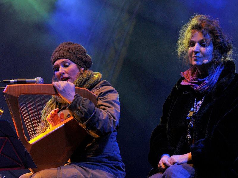 Märchenerzählerin Nana Avingarde und Liedersängerin Susanna Rosea